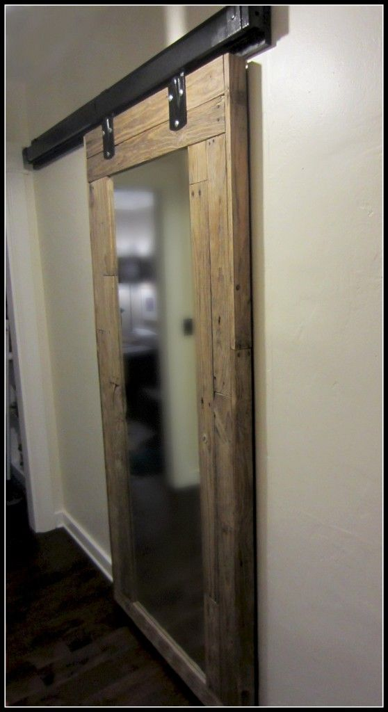 Diy Barn Door Of Reclaimed Pallet Wood Diy Barn Door Barn Doors Sliding Mirror Barn Door