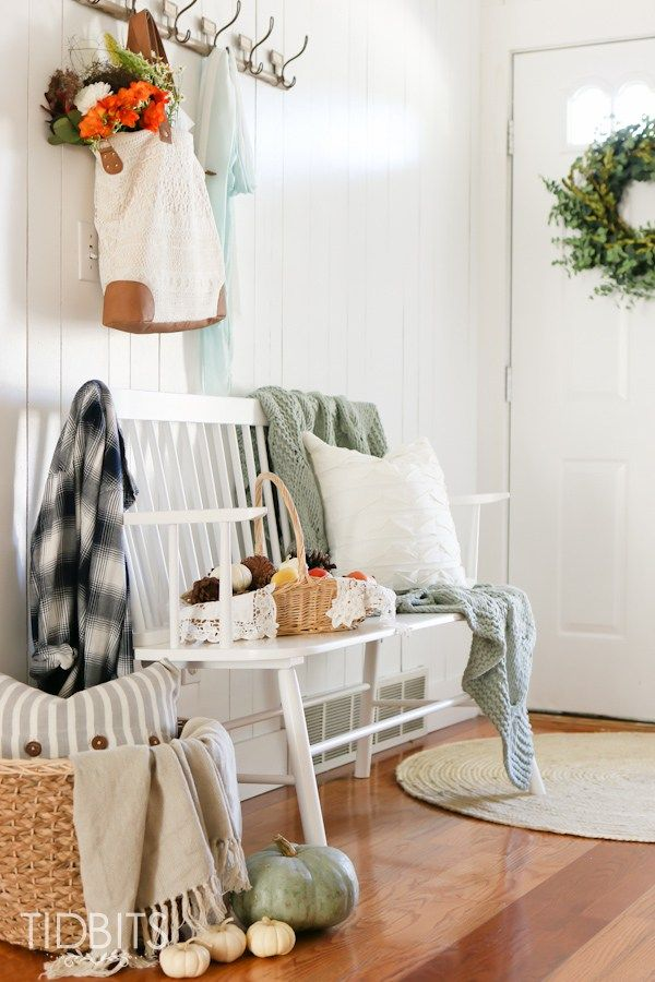 Fall Home Tour   In the Entry Way - Tidbits