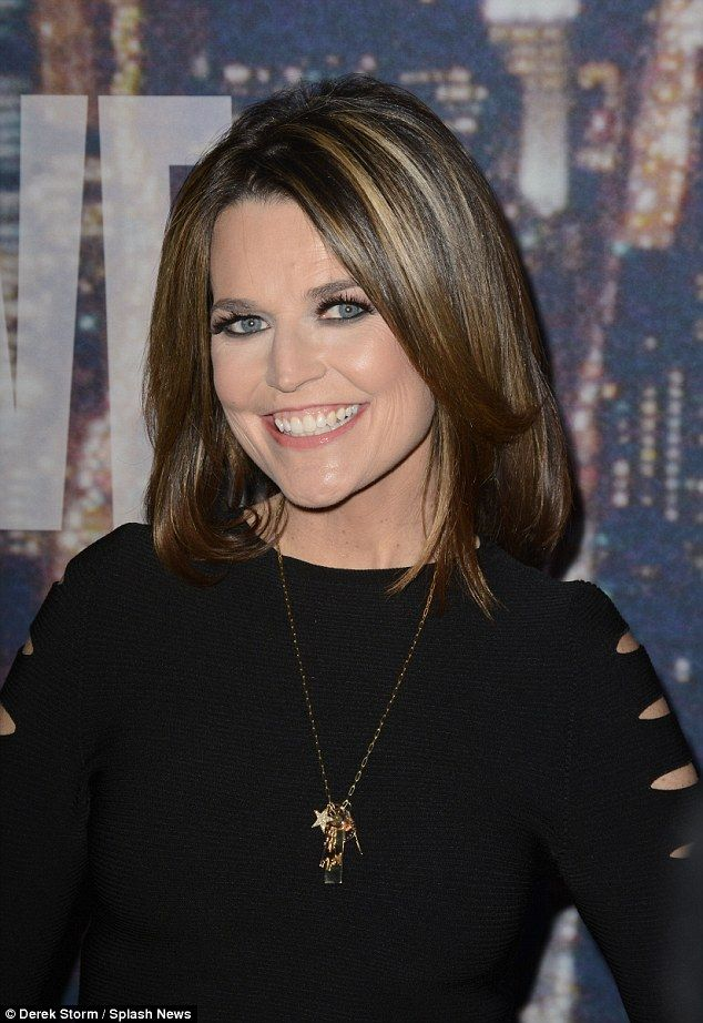 New Mother Savannah Guthrie Hits The Snl Red Carpet In A Crop Top