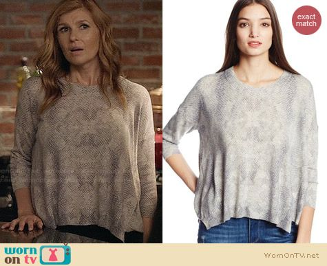 Rayna's grey snake print loose fitting sweater on Nashville.  Outfit Details: http://wornontv.net/32563/ #Nashville