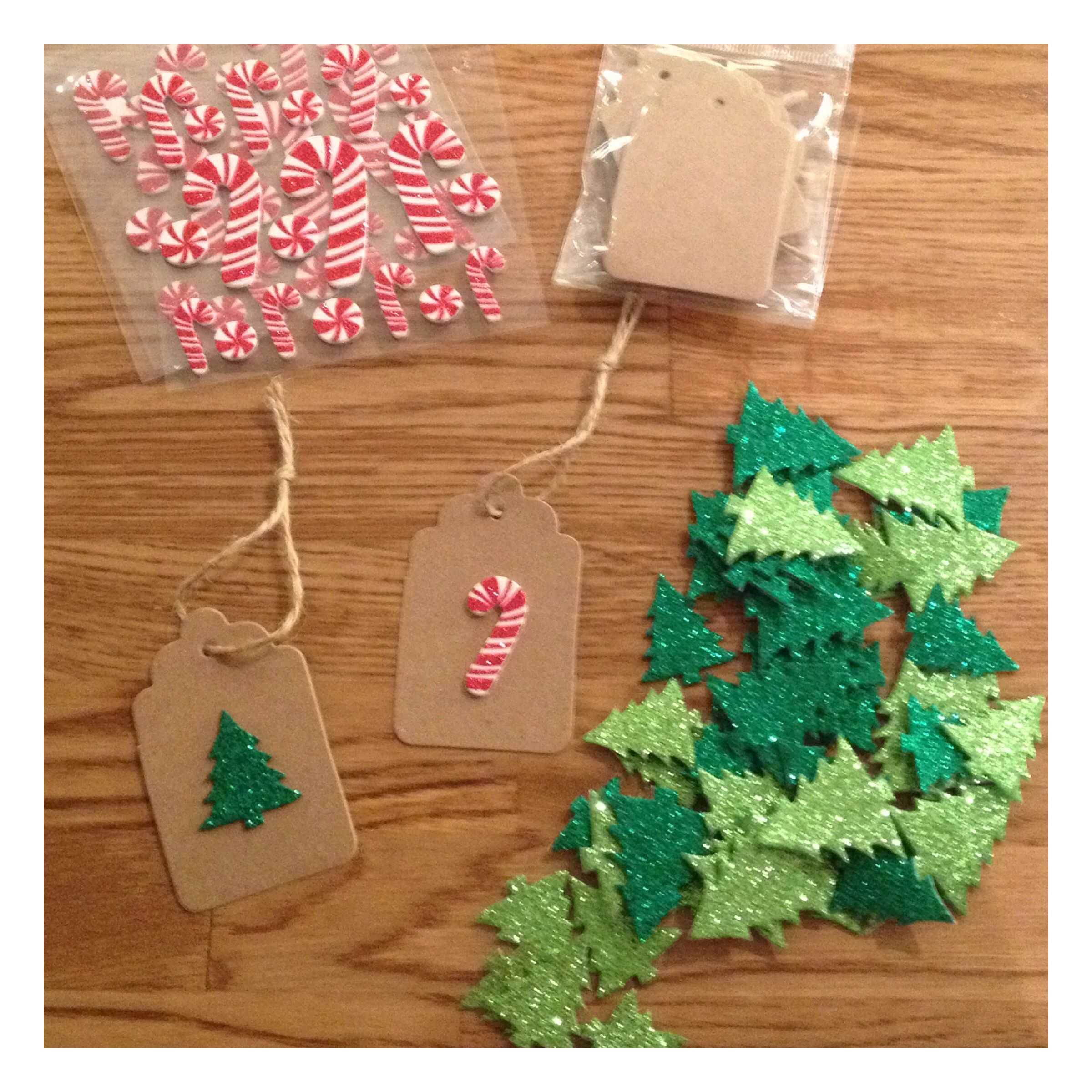 Diy Christmas Gift Tags Kraft Paper Candy Canes Christmas Trees Christmas Gift Tags Diy Diy Christmas Gifts Christmas Crafts