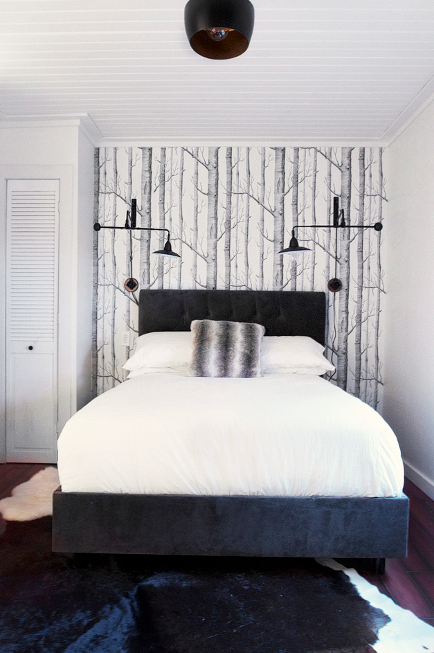 Best Pin By Linds Bau On Cabin Tree Wallpaper Bedroom Bedroom Wall Birch Tree Wallpaper 400 x 300