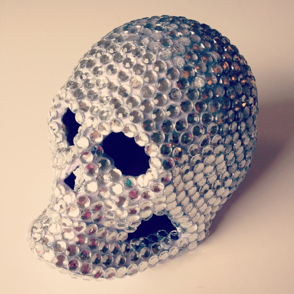 The craft caboodle bedazzled rhinestone skull clay for Rhinestone jewels for crafts