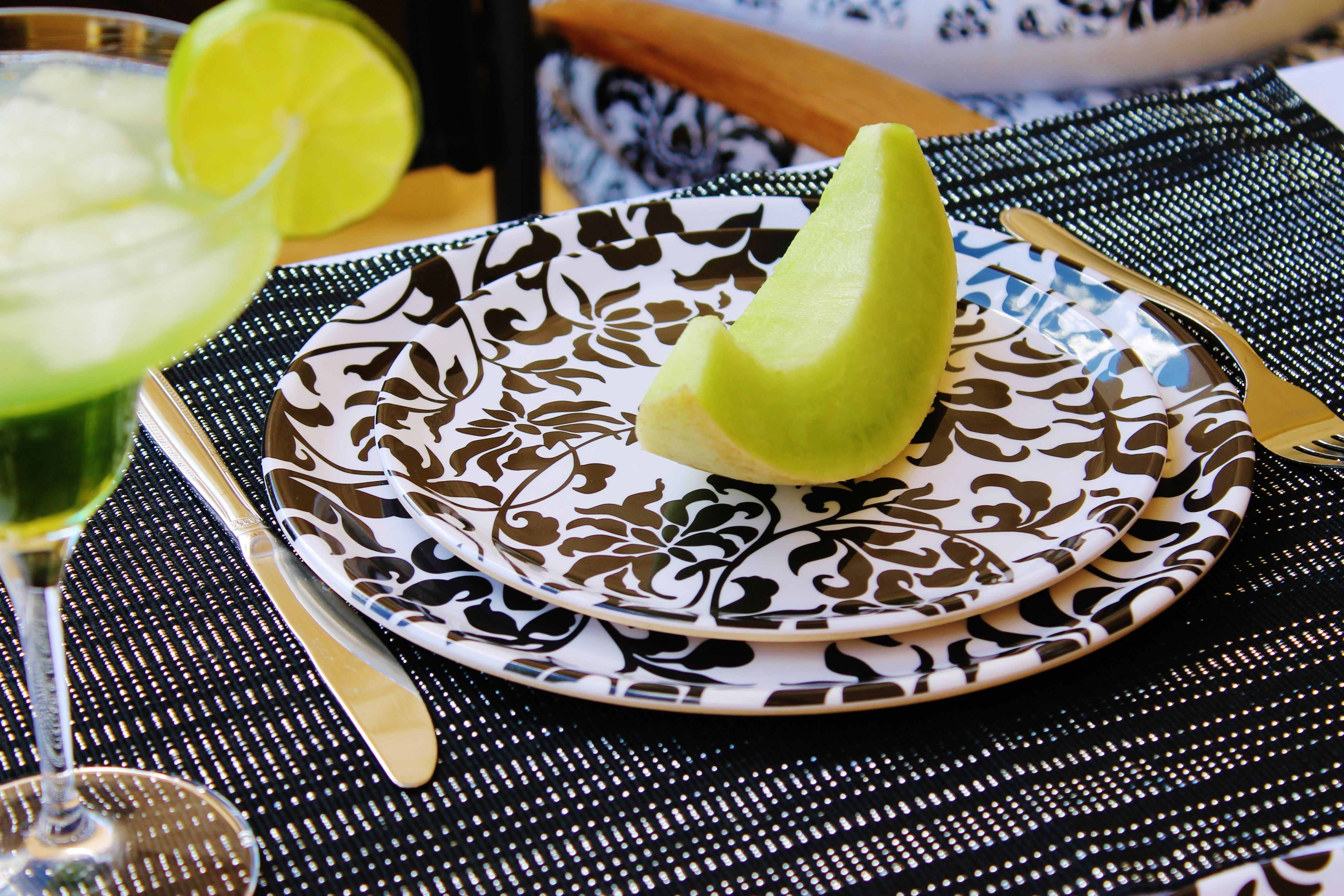 Captivating Melamine Dinnerware Is A Great Reusable Alternative To Ceramic Or Glass  Dinnerware When It Comes To Outdoor Dining. Get Style And Durability At Theu2026