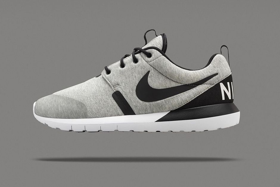 watch d49ce b7881 Nike has unveiled a limited edition Roshe Run NM SP