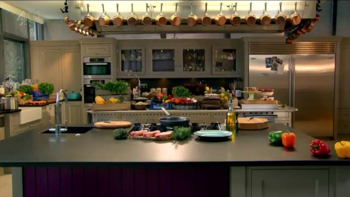 Master Chef Gordon Ramsay's Home Kitchen - Hopefully one ...
