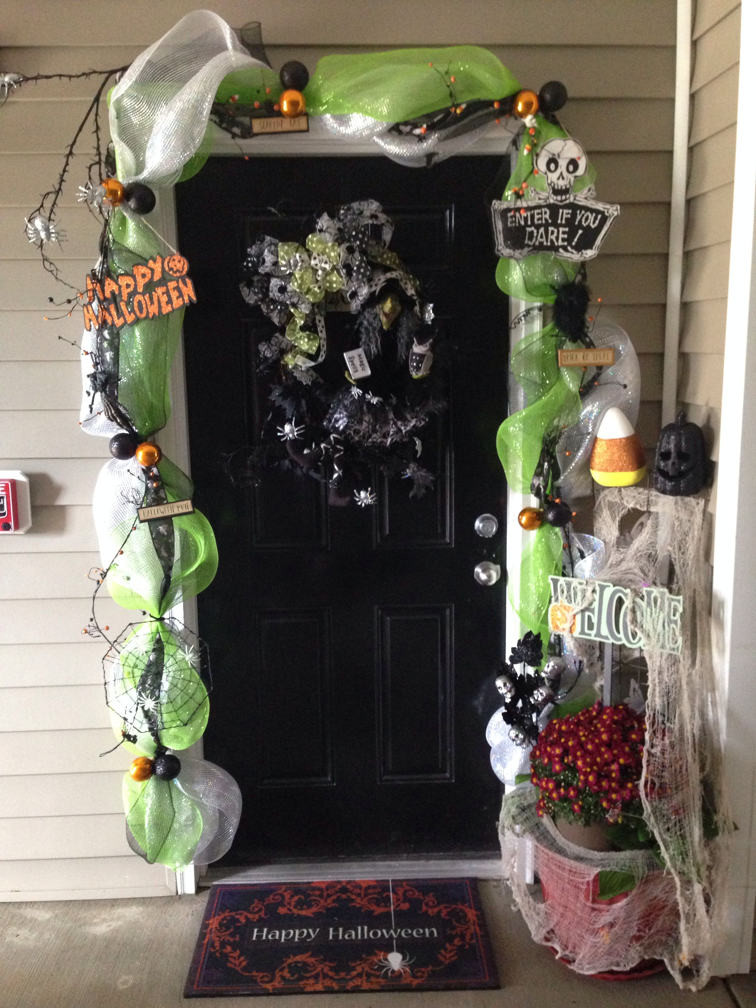 My Halloween front door Halloween Pinterest Halloween front - Front Door Halloween Decorations