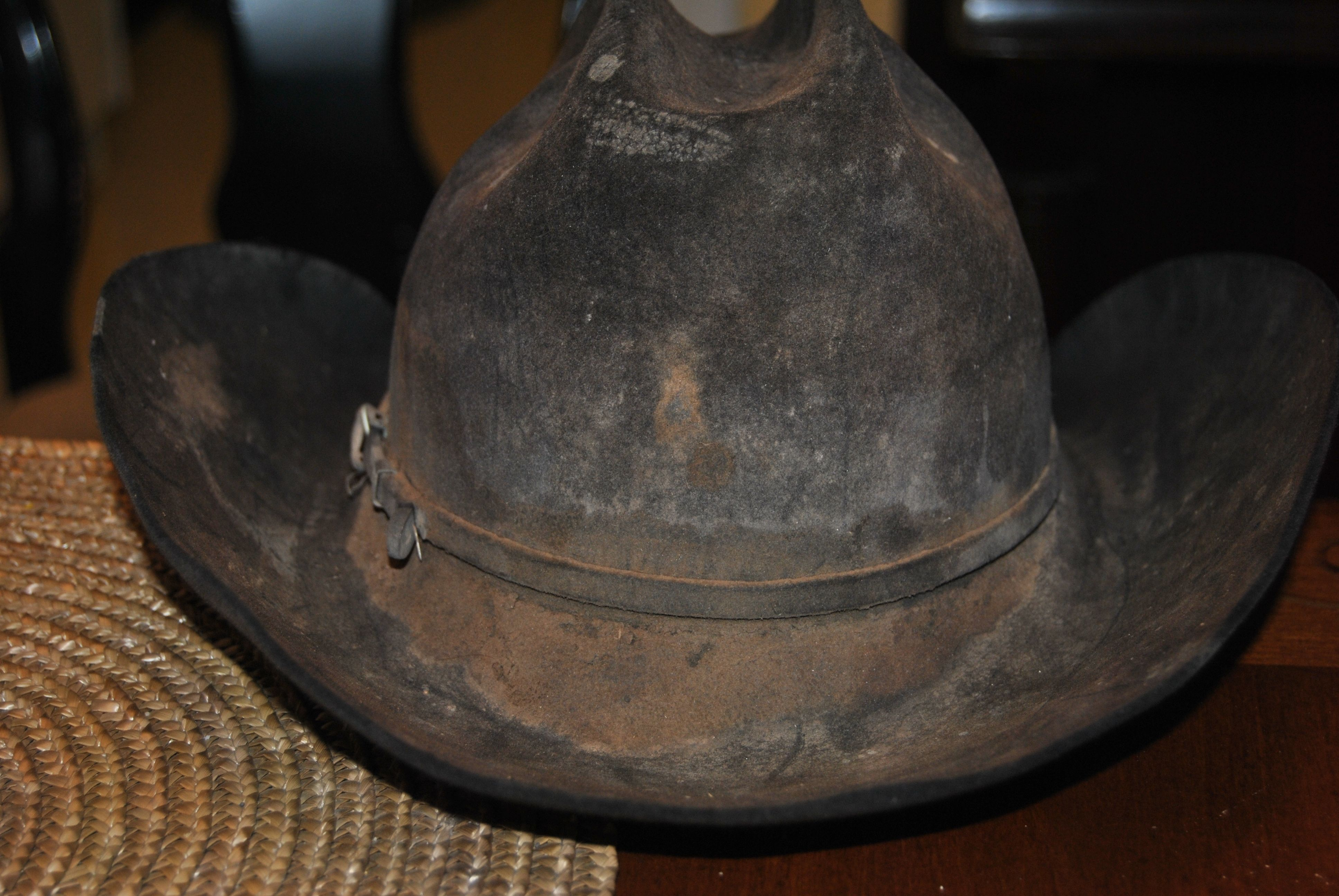 5bfe3d25 Muddy Cowboy hat | Distressed Felt Hats in 2019 | Hats, Leather ...