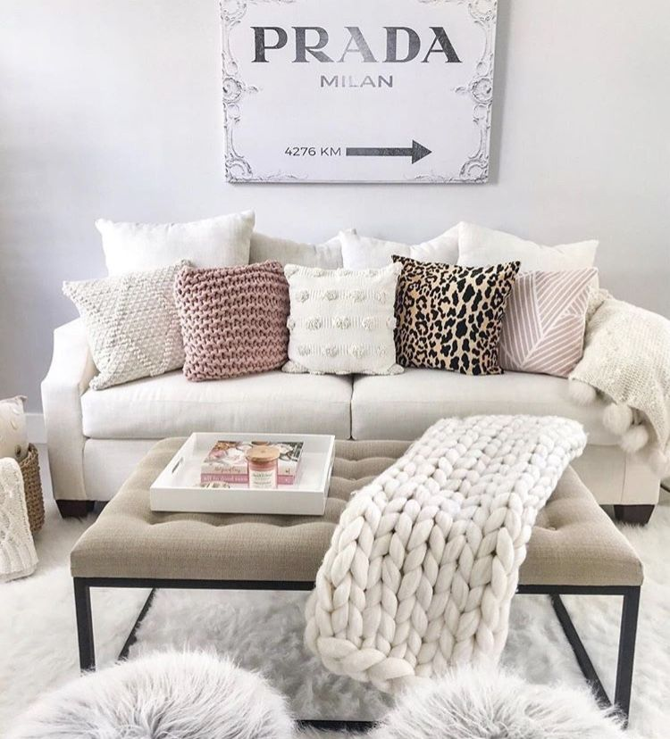 Pin by Alyssa Scott on For the Home | Living room decor ...