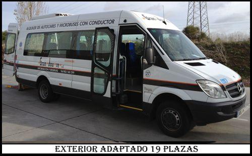 Microbus 19 plazas Adaptado