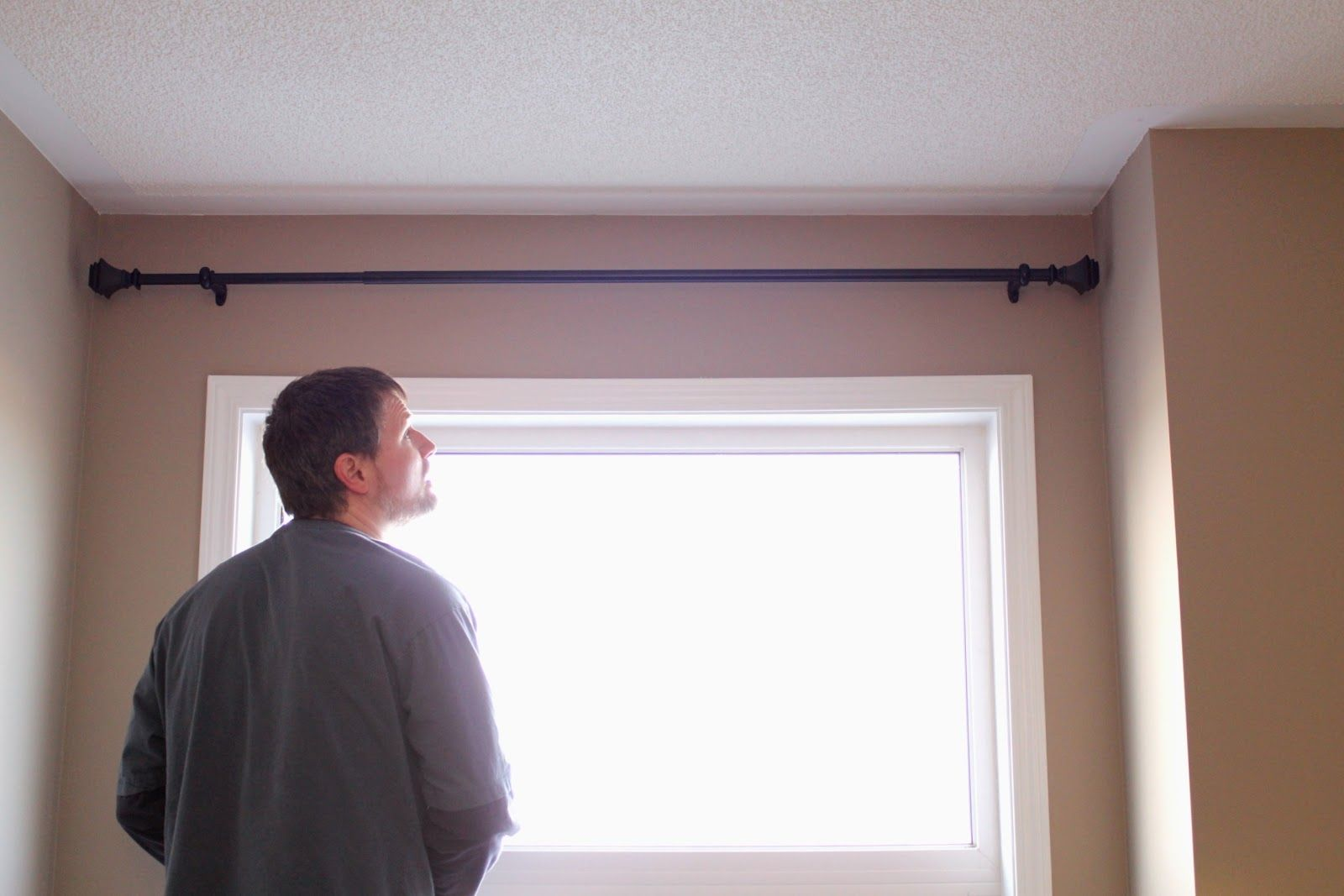 Curtain Rods For Windows Close To Wall