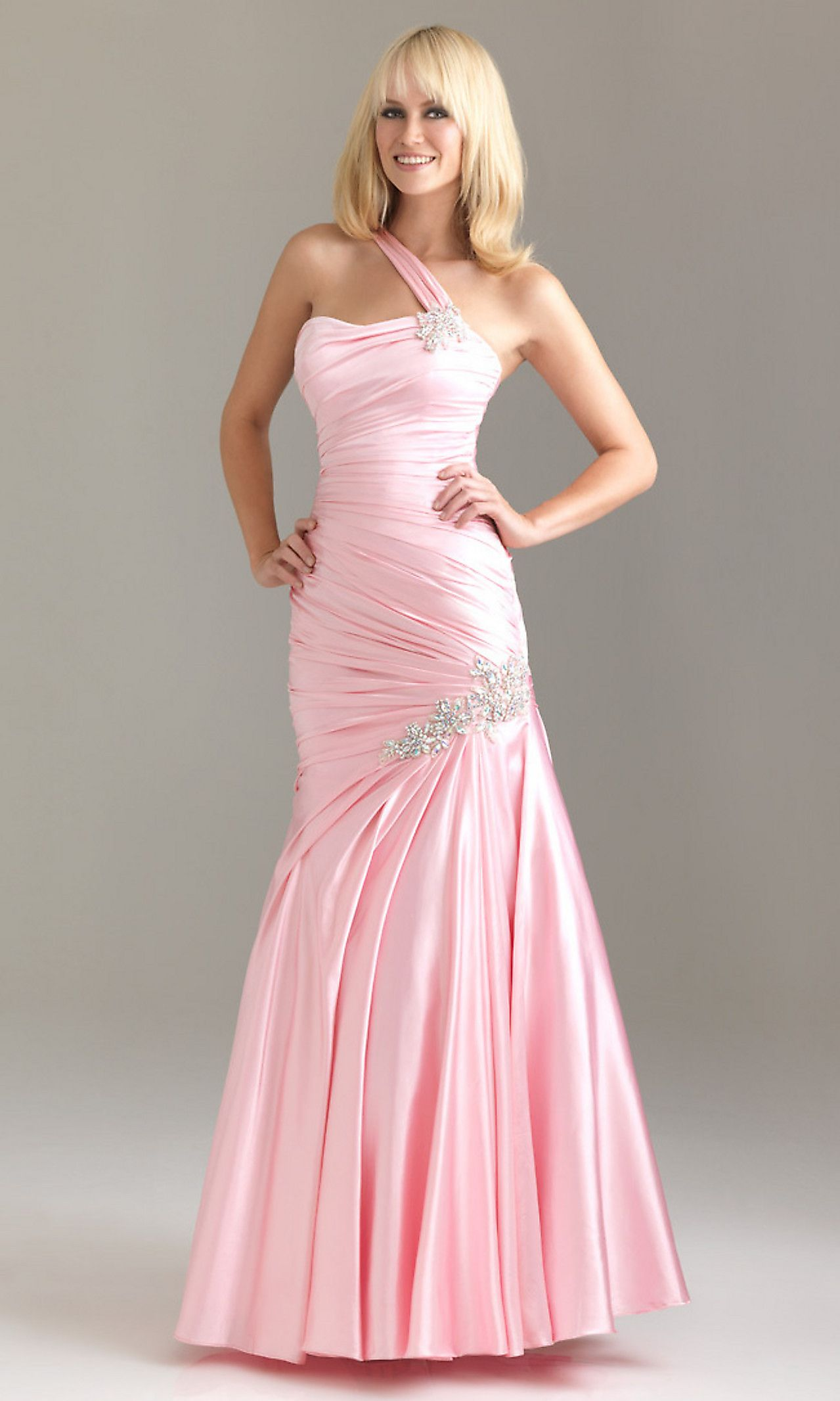 Pin by Emilee Cowan on Fashion | Pinterest | Prom dresses, A line ...