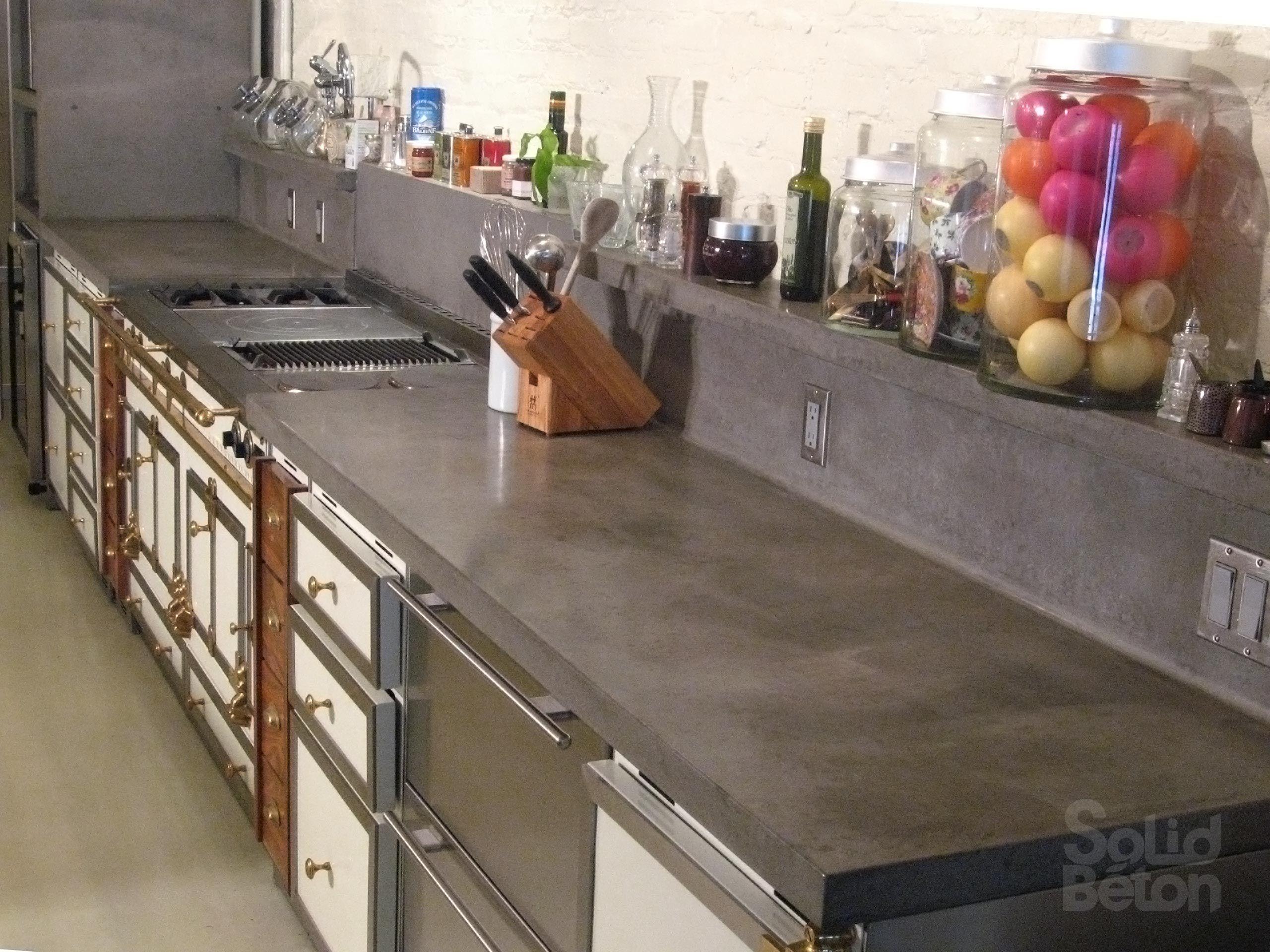 surfaces de b ton comptoir b ton vier lavabo vanit b nister id es pour la maison. Black Bedroom Furniture Sets. Home Design Ideas
