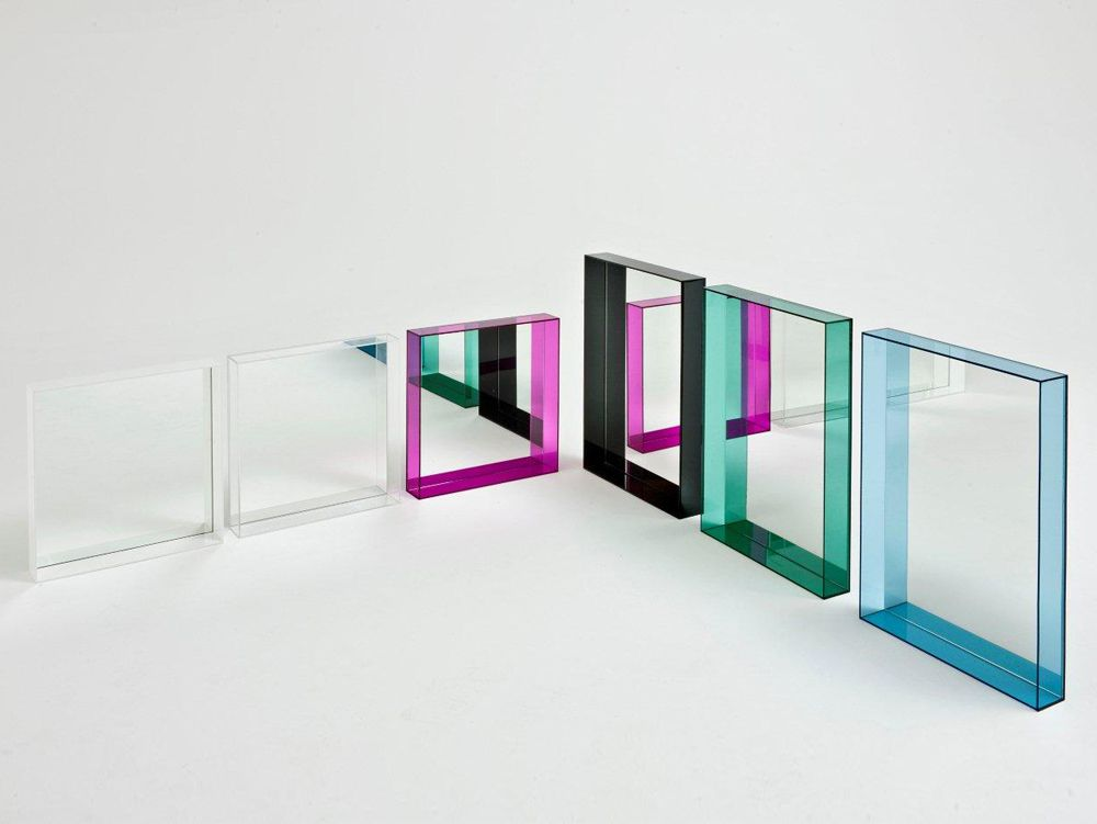 Kartell only me mirror philippe stark decorative accents for Specchio philippe starck