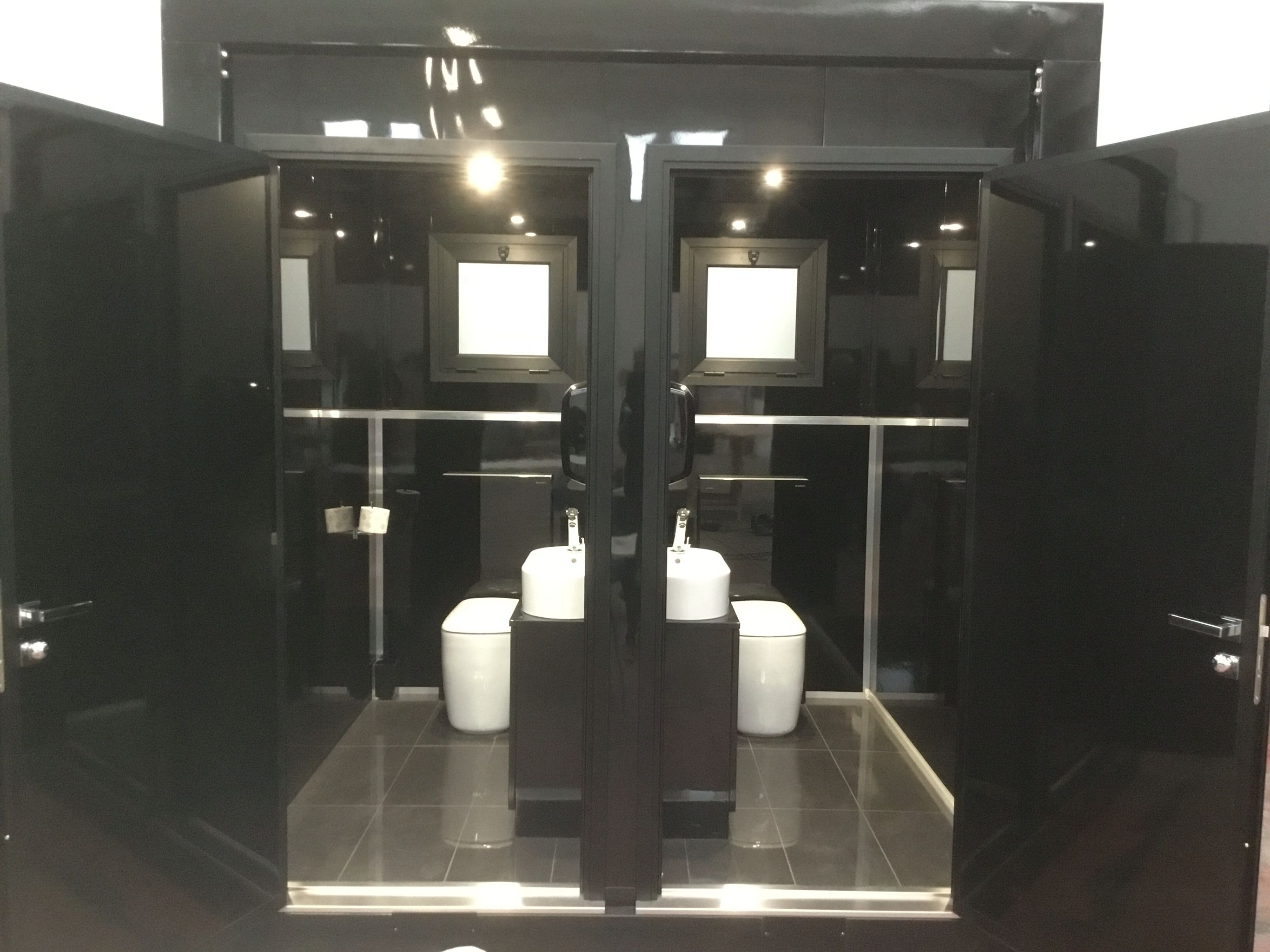 new cube 2016 black mirror line italian luxury portable toilet for
