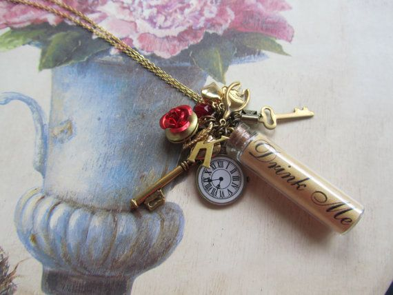 Alice in Wonderland necklace I want this!! Bottle