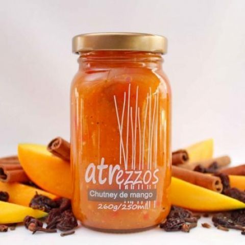 Confituras elaboradas con trozos de fruta madura en su mejor punto de maduración, libres de aditivos para que en cada bocado sientas sabores naturales y deliciosos.  www.discrepante.com