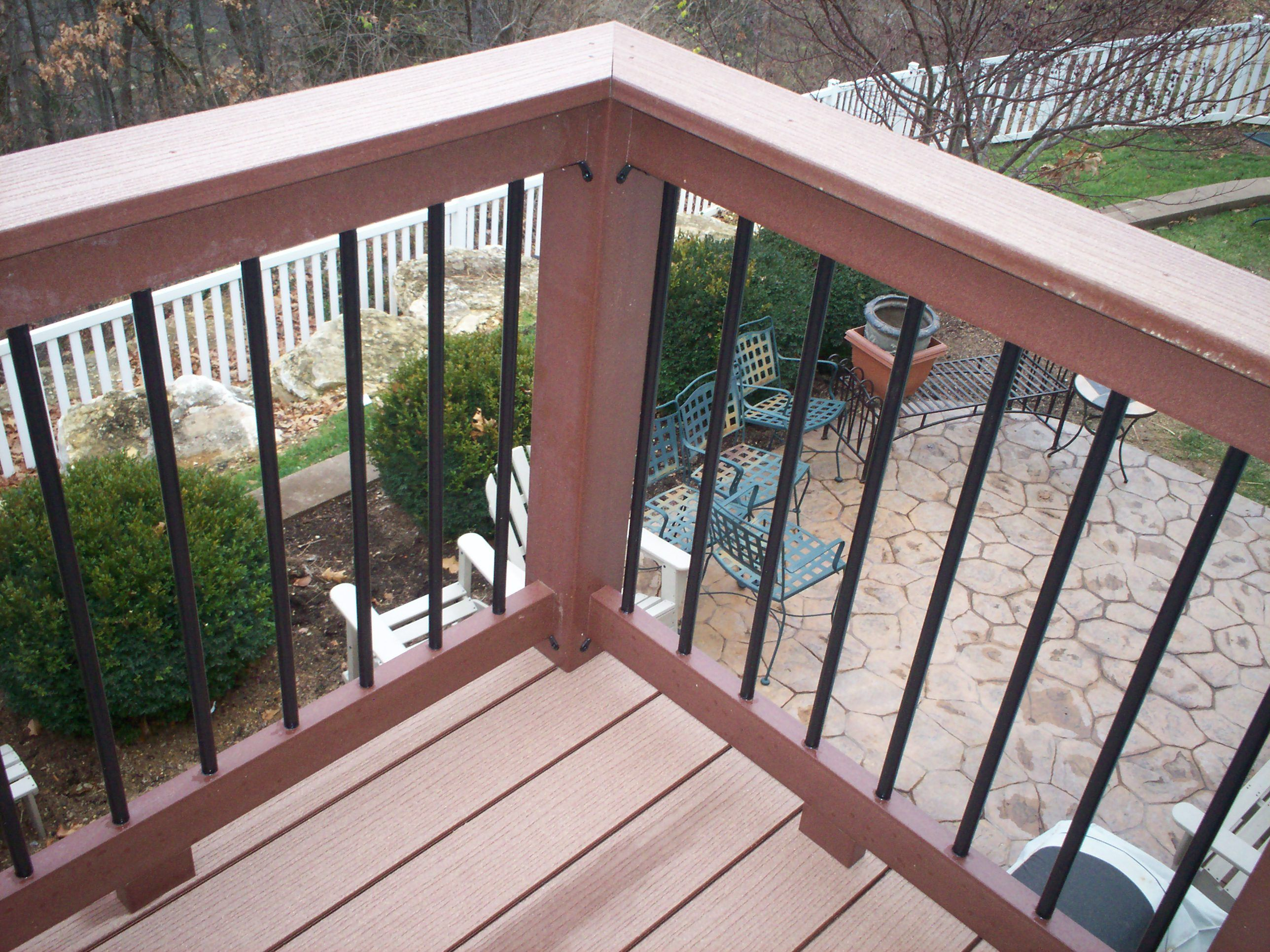 Best Contemporary Composite Deck Rails With Metal Balusters In 400 x 300