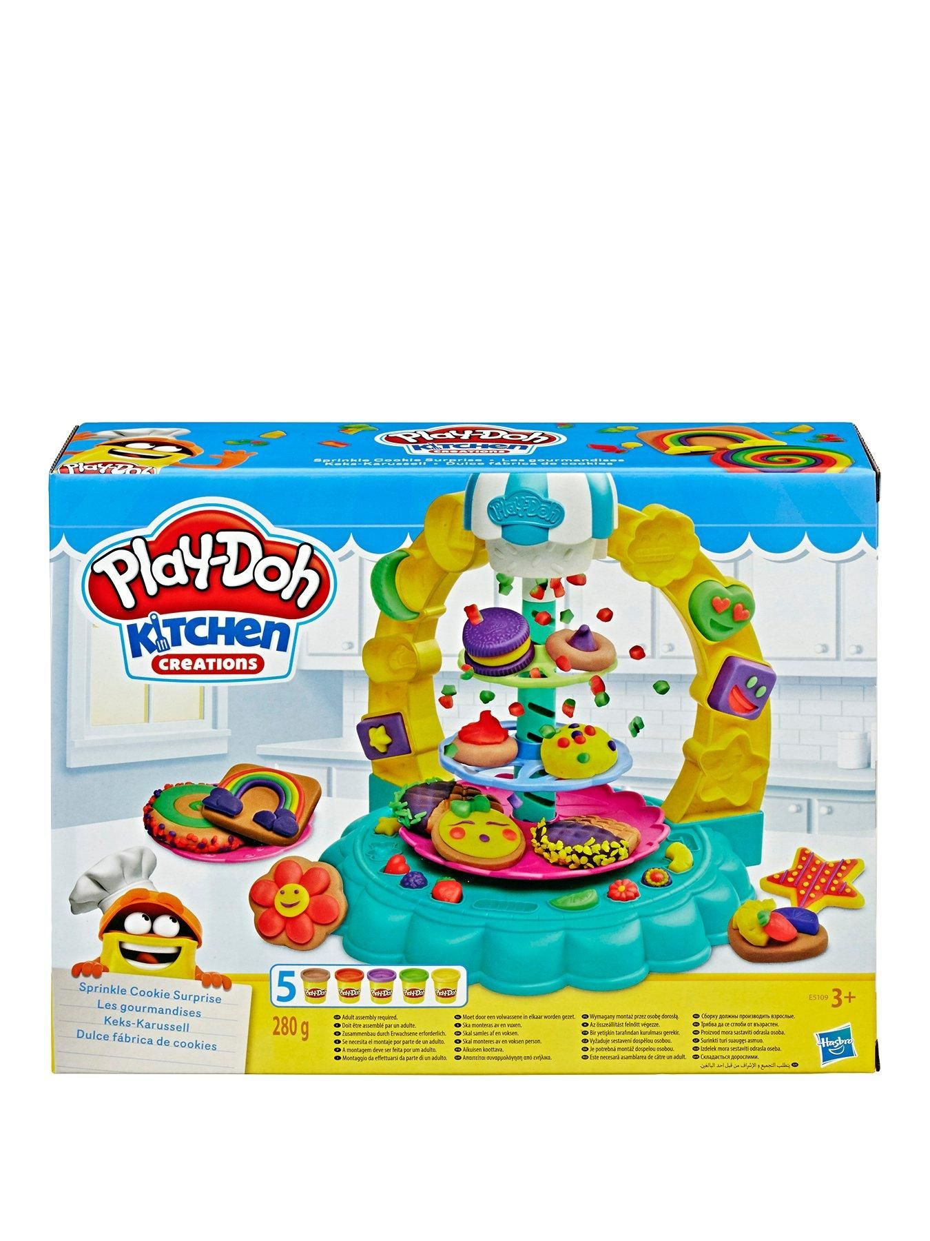 PlayDoh Kitchen Creations Sprinkle Cookie Surprise Play