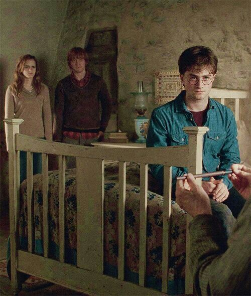 Arra az esetre, ha első kiadású Harry Potter bukkanna fel a Hozd-vidd polcon | Fazekas Suliújság