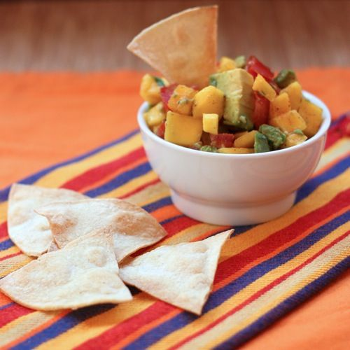 Mango Avocado Salsa | cupcakesandkalechips.com | #dip #appetizer #glutenfree #vegan