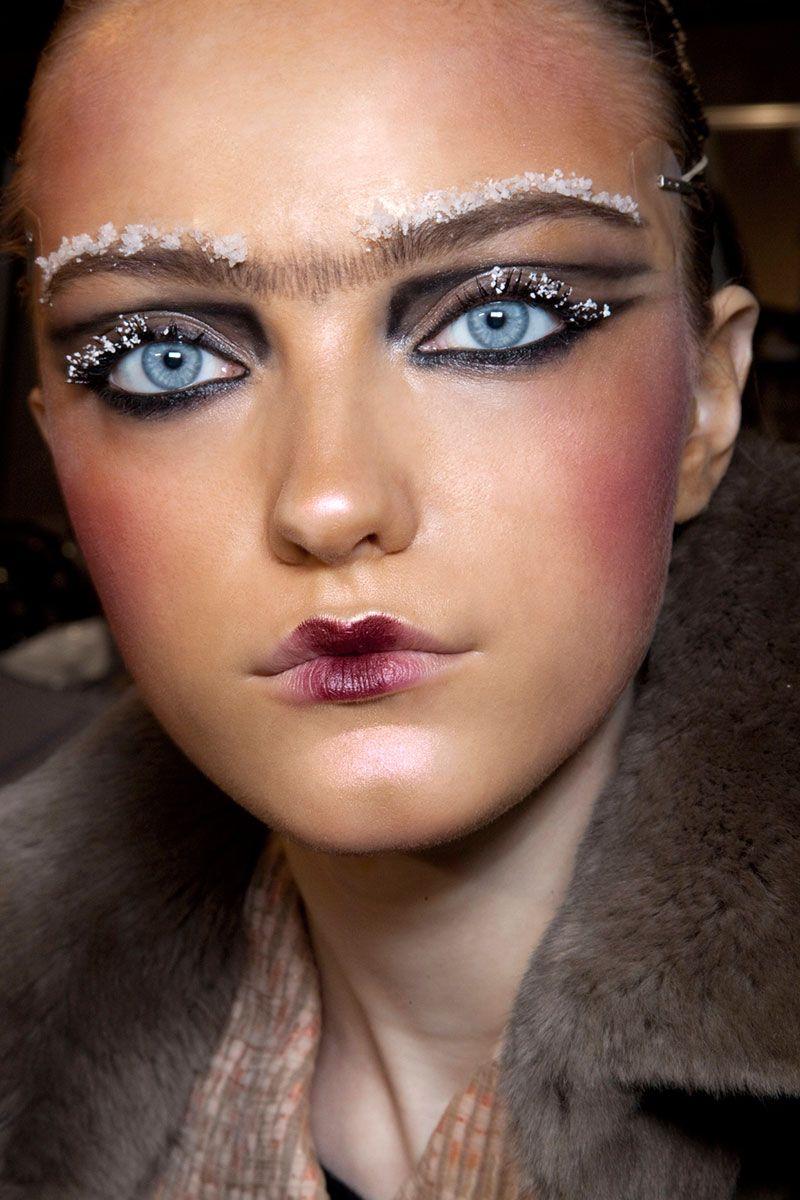 Pat McGrath's Best Runway Looks Catwalk makeup, Fashion