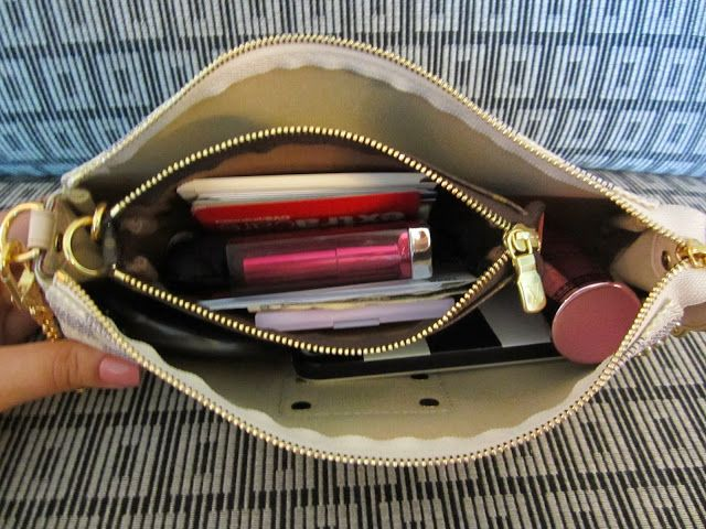 cff68b4c9548 The Glamour Geek  What Fits Inside a Louis Vuitton Eva Clutch (Damier Azur)