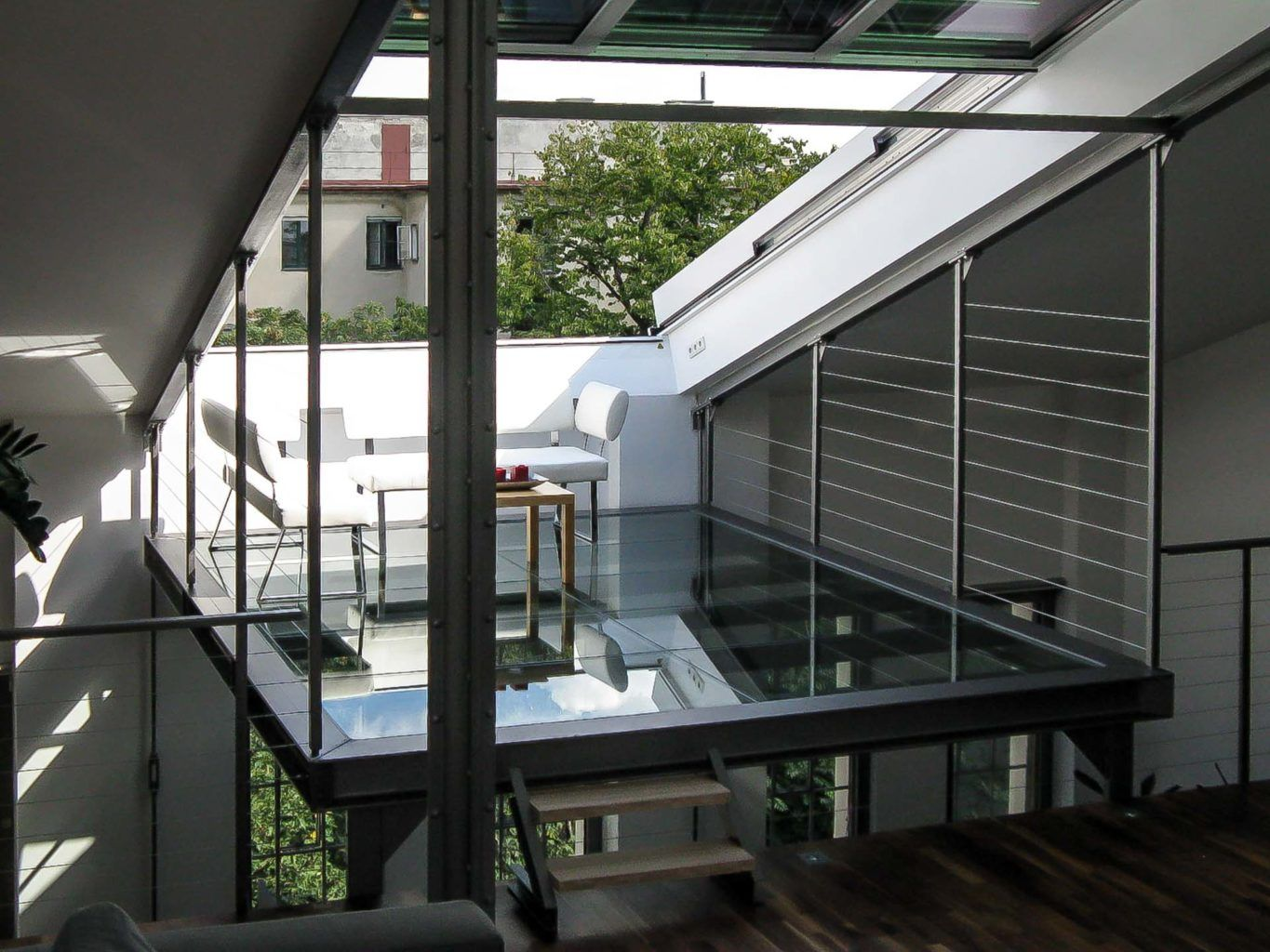 Openair Roof Sliding Window In Vienna Object 1055 Floating Roof Terrace In Vienna With Large Roof Opening Through 4 Pa Roof Architecture Roof Window Windows