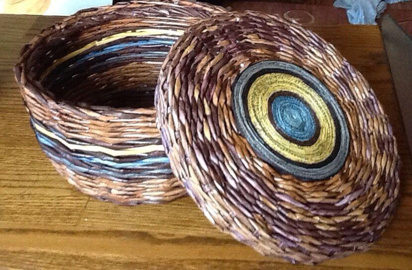 weaving baskets with newspaper crafts pinterest newspaper