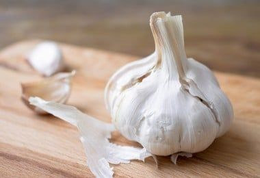 Natural Remedies for Ear Infection Garlic | via FilteredFamily.com