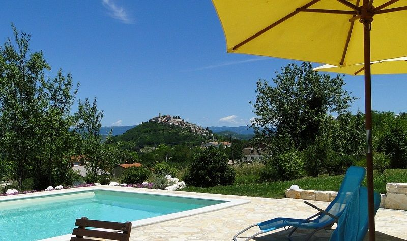 Wunderschönes Ferienhaus StancijaScodanella mit Pool