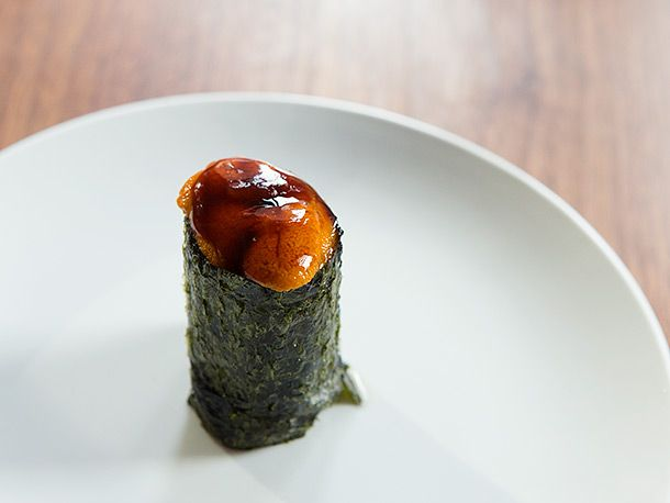 Chopped beef with sea urchin W...