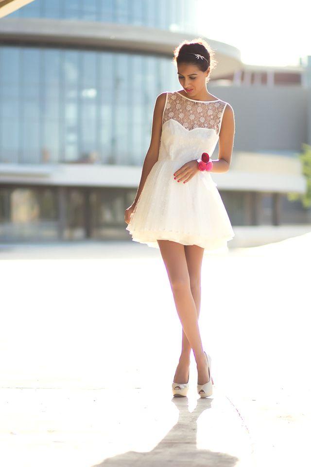 Fustana të bardhë dhe të shkurtër | Women's Fashion ...