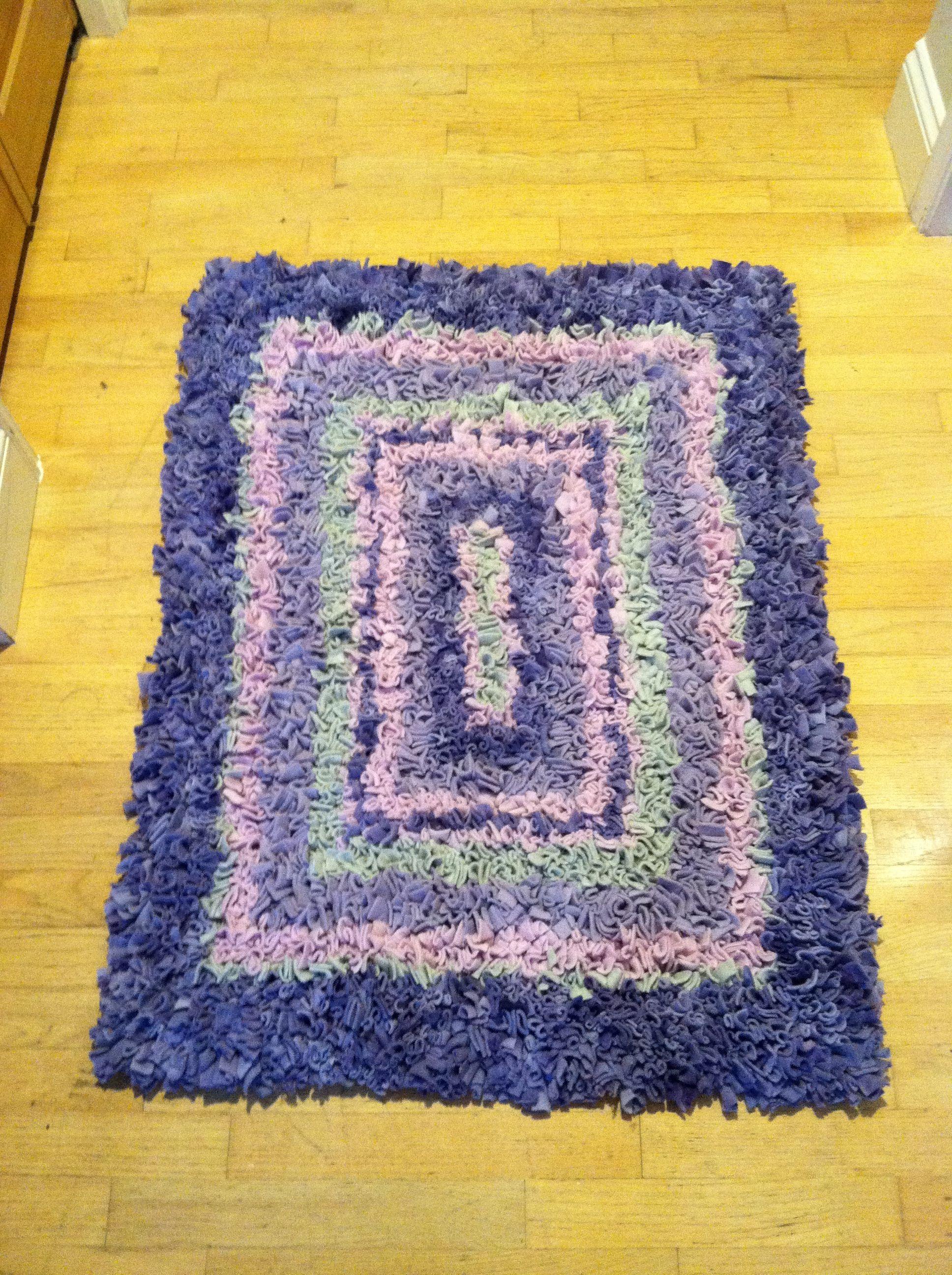 Diy Rug Made From Fleece Craft Night Things Art N Painted