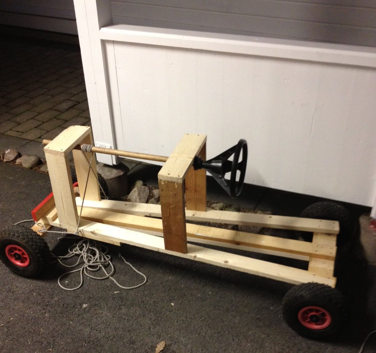 Sebastian's new box car with steering installed. On to