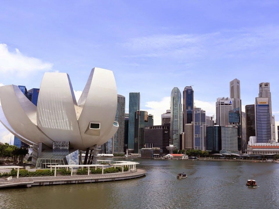 What is that claw? singapore Best places to live, Expat