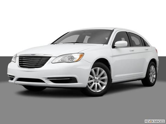 Cars for Sale: 2013 Chrysler 200