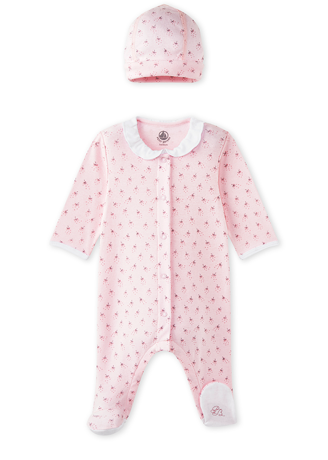 PETIT BATEAU - Sleepsuit and Newborn Hat in Pink. Charming sleepsuit with newborn  hat and a simple flower motif print in soft pink.  TheExpectantEdit c979ab95b439