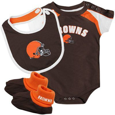 san francisco c2de2 da3be Cleveland Browns Newborn 3-Piece Creeper, Bib & Booties Set ...