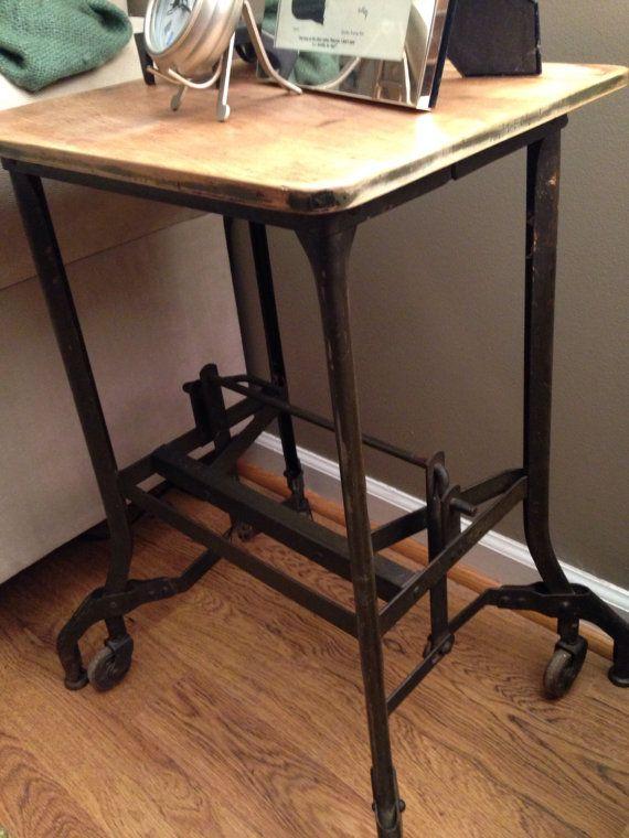 Table Antique Uhl Toledo Metal Furniture Company
