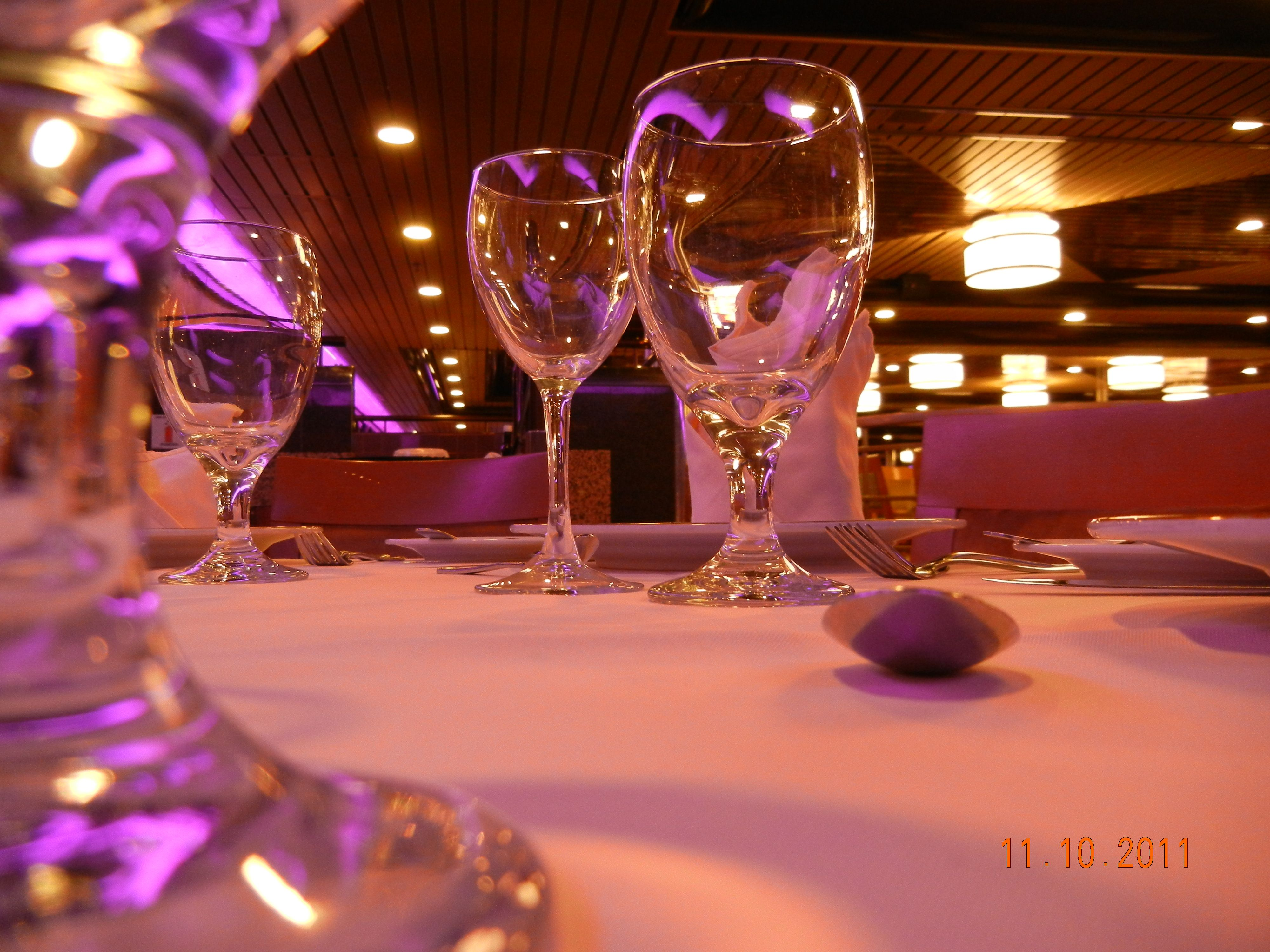 Bahamas Cruise Ship-dinner (: