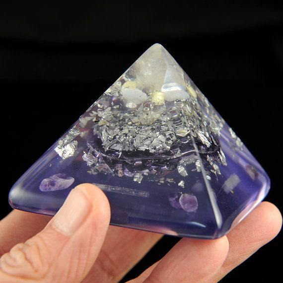 Orgonite Crystal Peaked Pyramid with Amethyst by BittleBoxArt