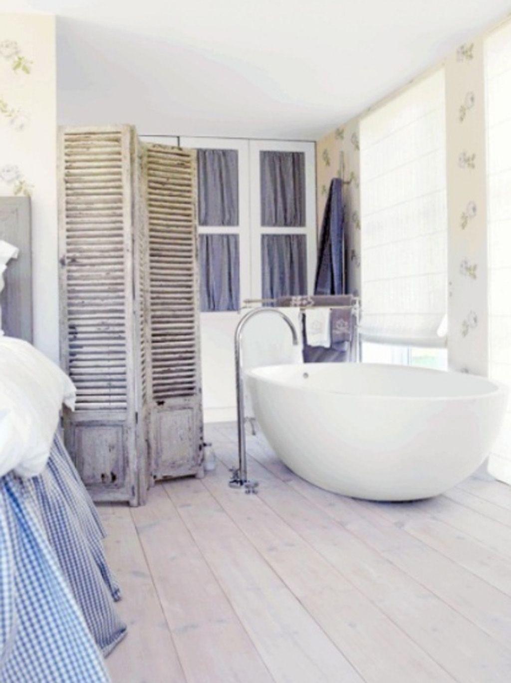 Shabby Chic Bathroom Ideas - http://www.sumitroy.co/8538/shabby-chic ...