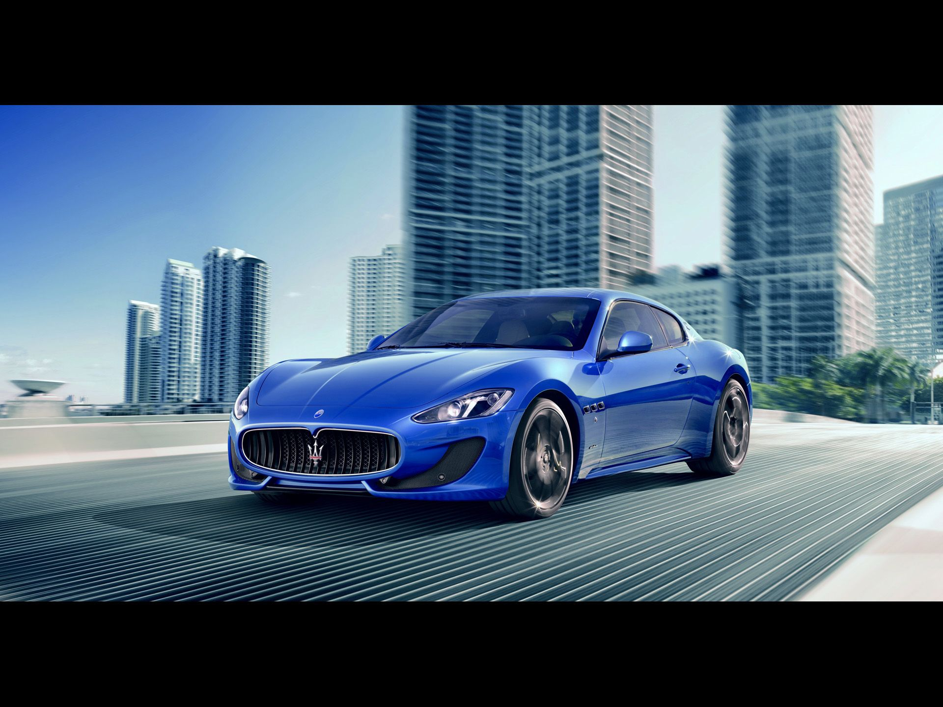 Marvelous Maserati GranTurismo Sport Right Angle Speed Wallpapers