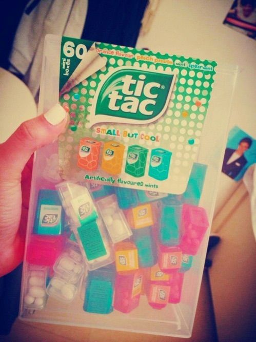 Image via We Heart It https://weheartit.com/entry/132730055/via/13802995 #candy #directionner