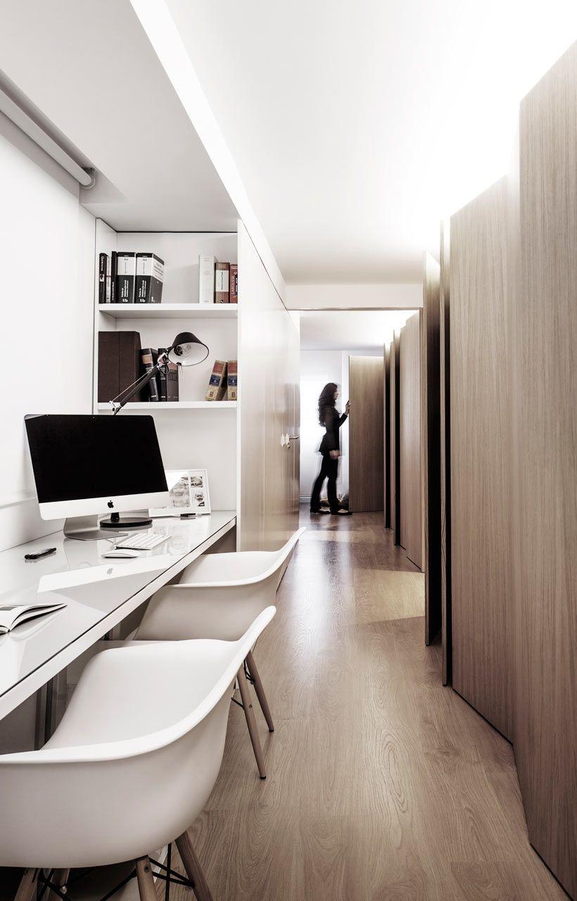 Modern white and wood spanish apartment armarios - Muebles casal valencia ...