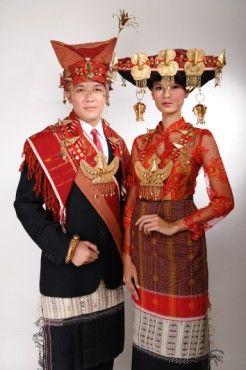 Keunikan Pakaian Adat Sumatera Utara - Pakaian Adat