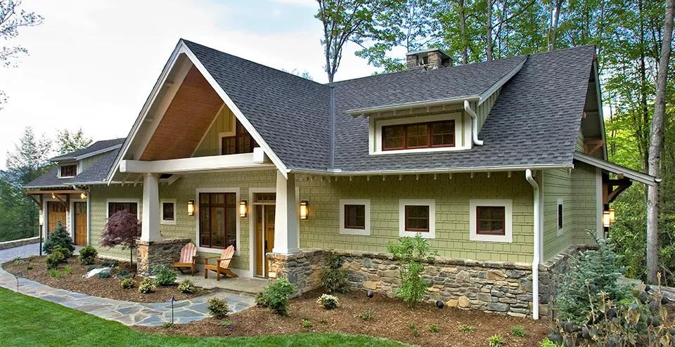 10 Inspiring Exterior House Paint Color Ideas Ranch House Exterior House Paint Exterior Craftsman Exterior