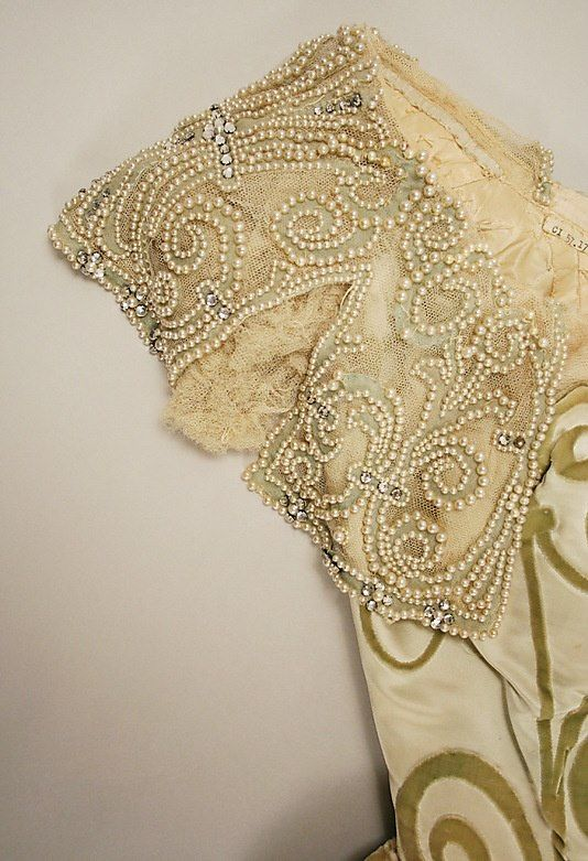 Detail on dress by House of Worth 1898–1900. MET