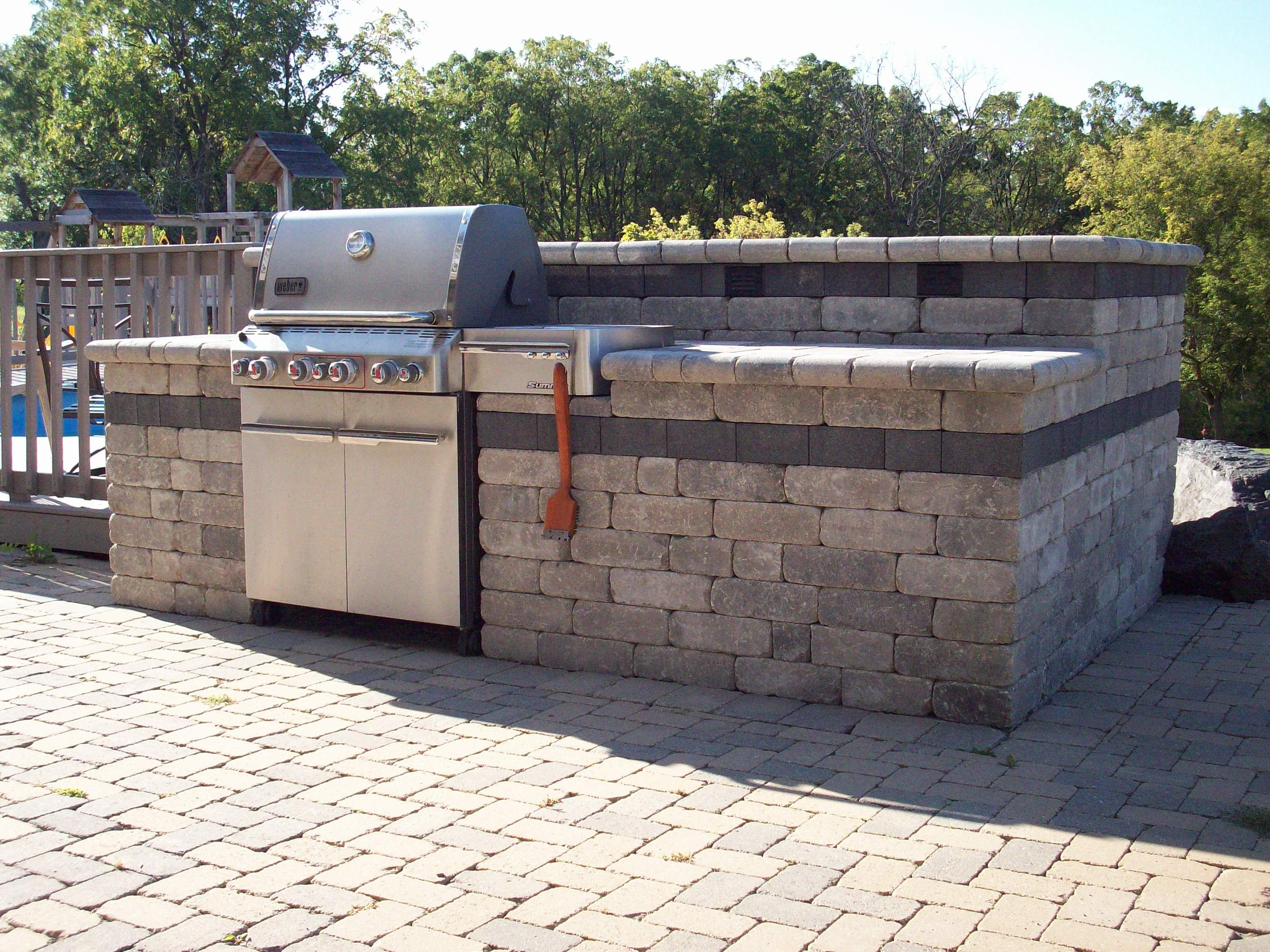Landscape construction llc grill outdoor kitchen for Outdoor grill island ideas